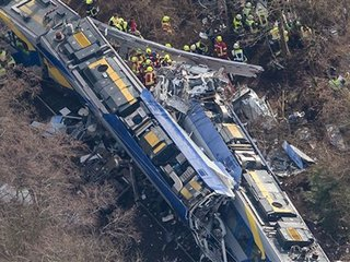 Death toll in German train crash rises to 9