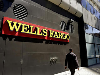Wells Fargo mistakenly sends past due letters