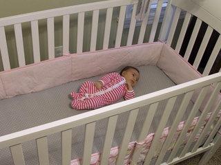 Moms aren't putting babies to sleep safely