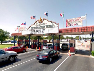 Six Flags brings down Confederate flags