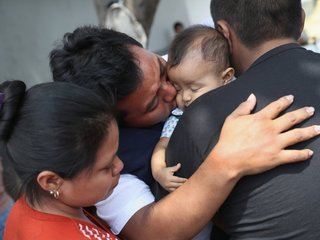 PolitiFact WI: Separated families at the border